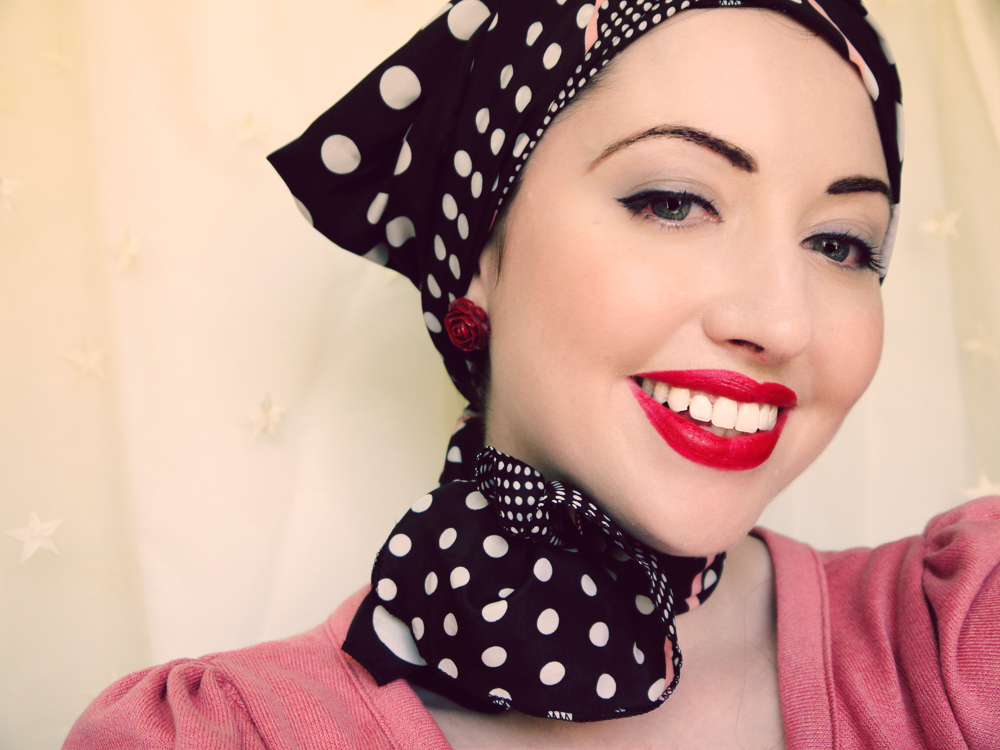double tie head scarf and neckerchief way to tie web