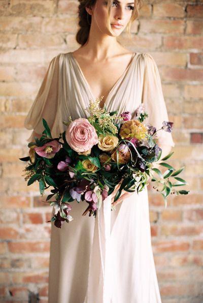 blousy big vintage bridal bouquet