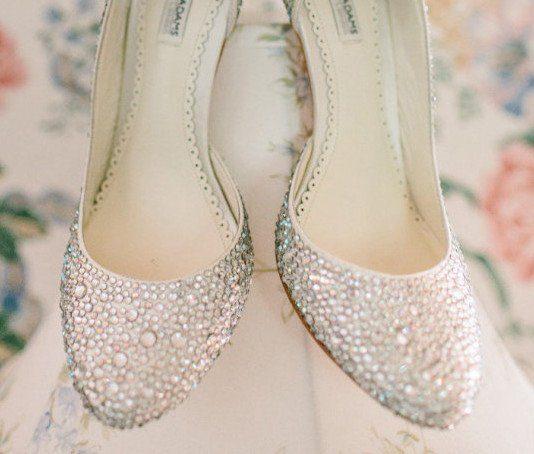 28eb35dcd7ec 20 Vintage Wedding Shoes You ll Love - Vintage Current