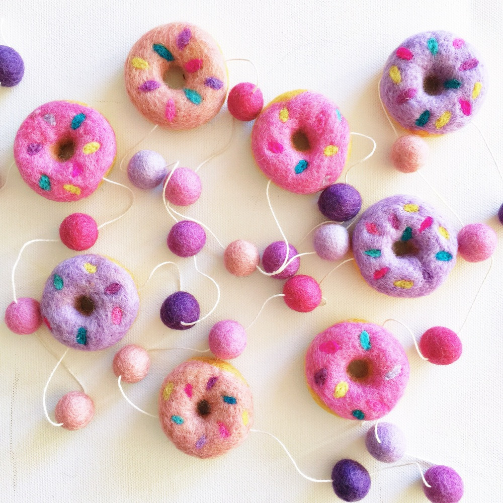 Felt_Donut_Garland_by_Little_Puddles_in_Berry_Smoothie_in_The_Life_Creative_Shop